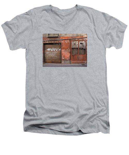 Garage Du Palais Men's V-Neck T-Shirt
