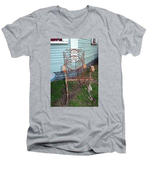 Garden Chair Men's V-Neck T-Shirt