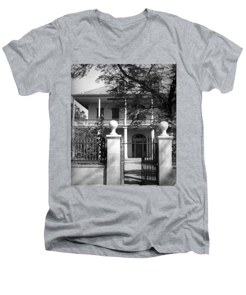 Gated Colonial Home Men's V-Neck T-Shirt