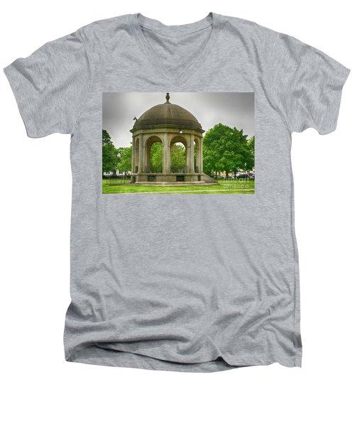 Gazebo Design Men's V-Neck T-Shirt