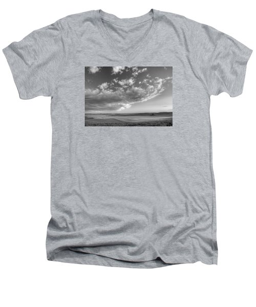Genesee Country B And W Men's V-Neck T-Shirt