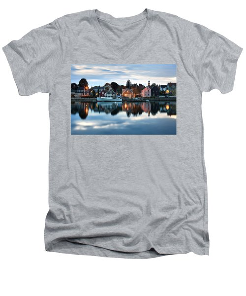 Geno's In The South End Men's V-Neck T-Shirt