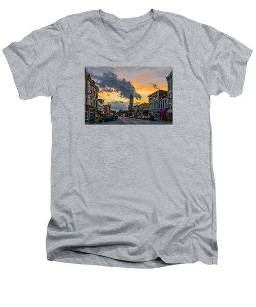 Georgetown Ky Summer Evening Men's V-Neck T-Shirt