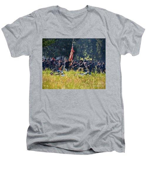 Gettysburg Union Infantry 9348c Men's V-Neck T-Shirt