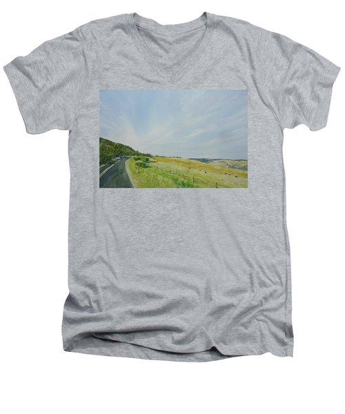 Glenaire Men's V-Neck T-Shirt