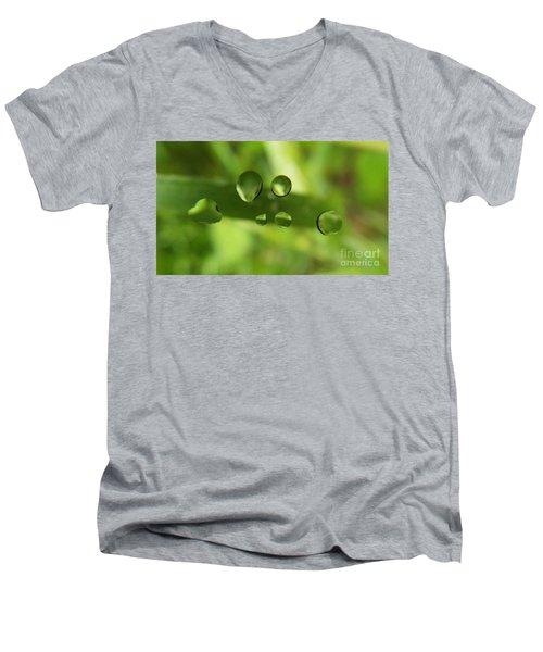 Globules Men's V-Neck T-Shirt