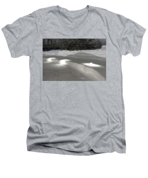 Glowing Landscape Lighting Men's V-Neck T-Shirt