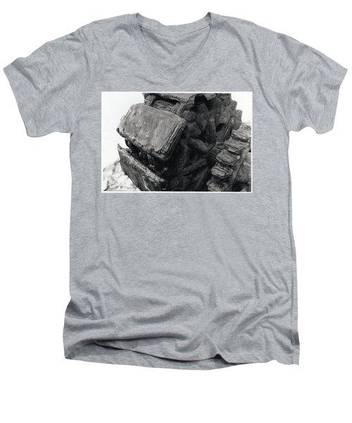 Goat Rock Tractor Tread Jenner California Men's V-Neck T-Shirt