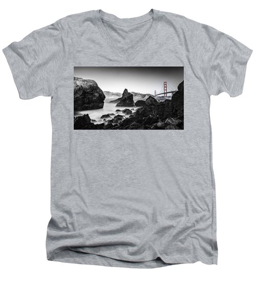 Golden Gate Colour Men's V-Neck T-Shirt