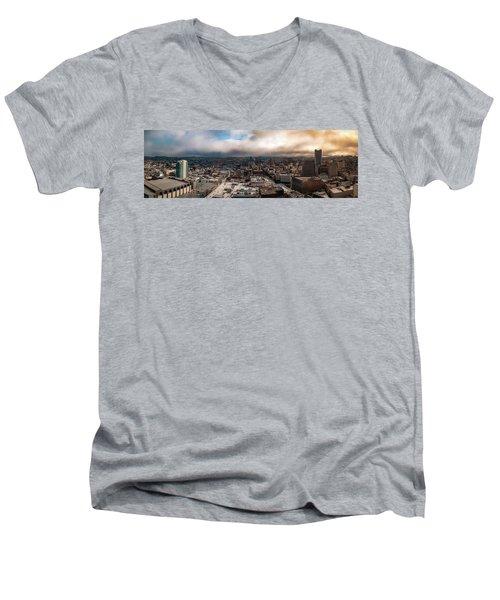 Golden San Francisco Men's V-Neck T-Shirt