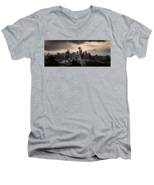 Golden Seattle Men's V-Neck T-Shirt