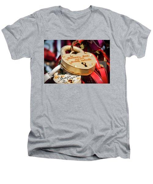 Goldielocks Men's V-Neck T-Shirt