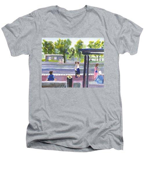 Goodbye Kiss In Gothenburg Sweden Men's V-Neck T-Shirt