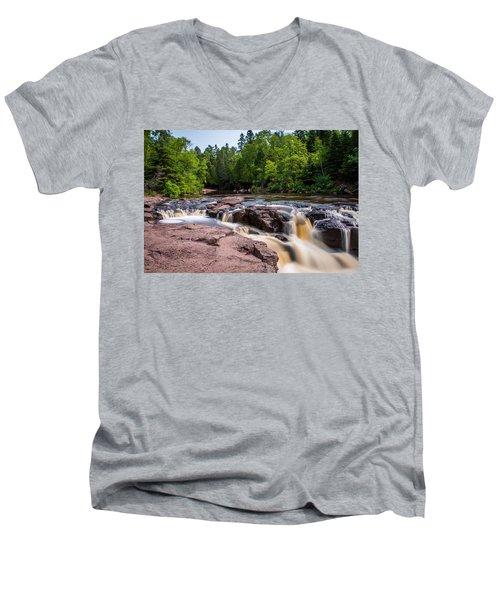 Goose Berry River Rapids Men's V-Neck T-Shirt