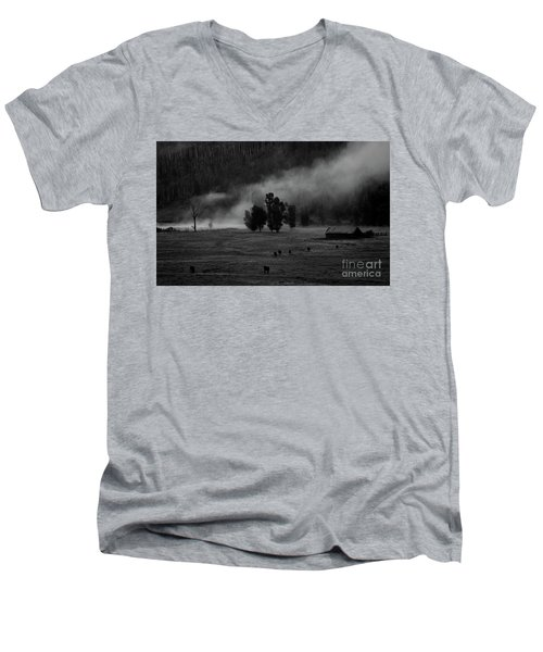 Gordon's Barn At Dawn Men's V-Neck T-Shirt