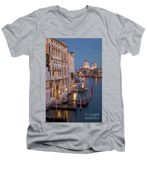 Men's V-Neck T-Shirt featuring the photograph Grand Canal Twilight II by Brian Jannsen