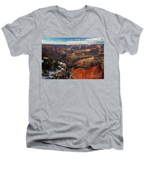 Grand Canyon National Park Men's V-Neck T-Shirt