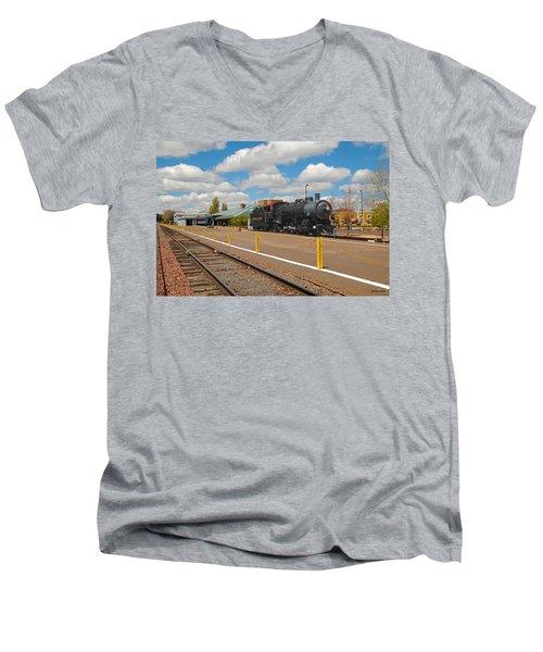 Grand Canyon Railway Men's V-Neck T-Shirt