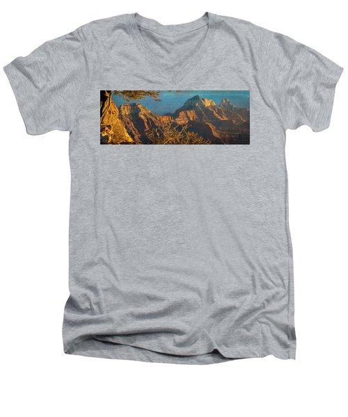 Grand Canyon Sunset Panorama Men's V-Neck T-Shirt