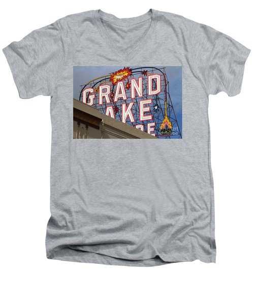 Grand Lake Theatre . Oakland California . 7d13495 Men's V-Neck T-Shirt