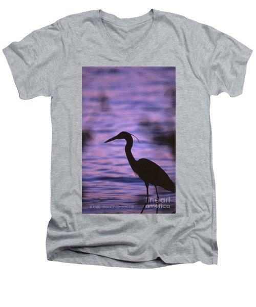 Great Blue Heron Photo Men's V-Neck T-Shirt