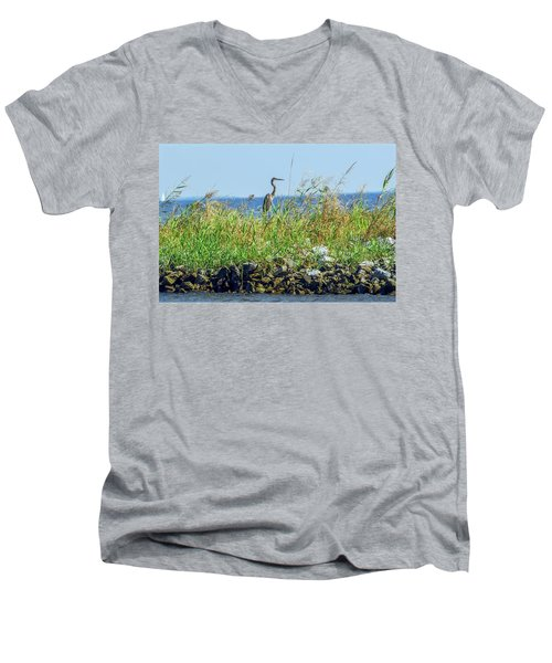 Great Blue Heron On Jetty Men's V-Neck T-Shirt
