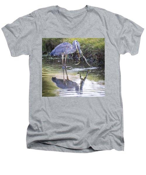 Great Blue Heron Vs Huge Frog Men's V-Neck T-Shirt