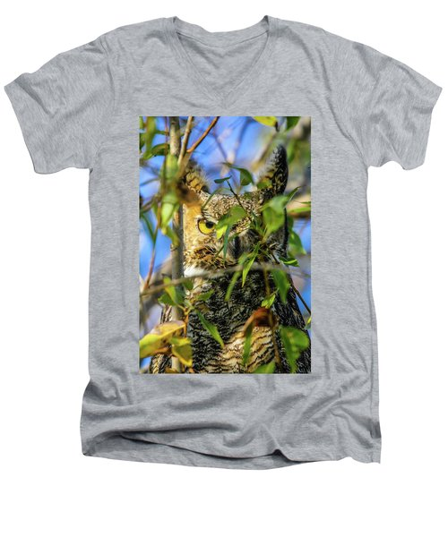 Great Horned Owl Peeking At It's Prey Men's V-Neck T-Shirt