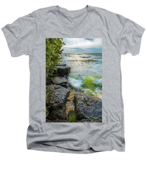 Great Lakes Men's V-Neck T-Shirt