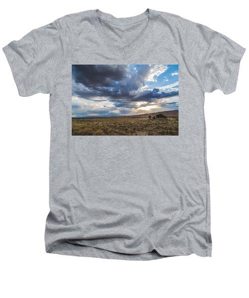 Great Sand Dunes Stormbreak Men's V-Neck T-Shirt
