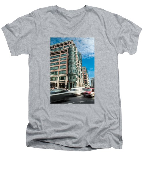 Green Building On Liverpool Metro Station London Men's V-Neck T-Shirt