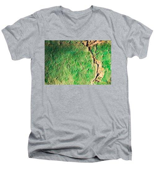 Green Flaking Brickwork Men's V-Neck T-Shirt
