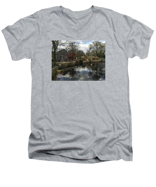 Grist Mill Sandwich Massachusetts Men's V-Neck T-Shirt