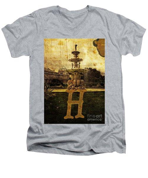 Grungy Melbourne Australia Alphabet Series Letter H Hochgurtel F Men's V-Neck T-Shirt
