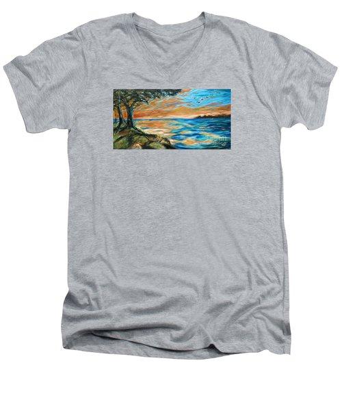 Guana Sunset Men's V-Neck T-Shirt