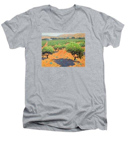 Guglielmo Winery Men's V-Neck T-Shirt