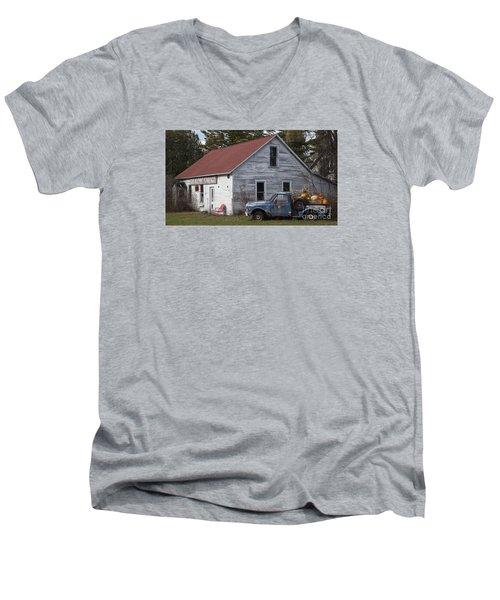 Gus's Garage Men's V-Neck T-Shirt