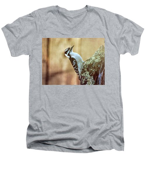 Hairy Woodpecker Men's V-Neck T-Shirt