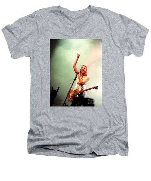 Halestorm Lzzy Hale Men's V-Neck T-Shirt