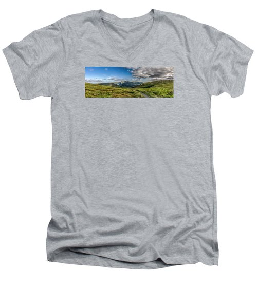 Half Way Up The Merrick Men's V-Neck T-Shirt