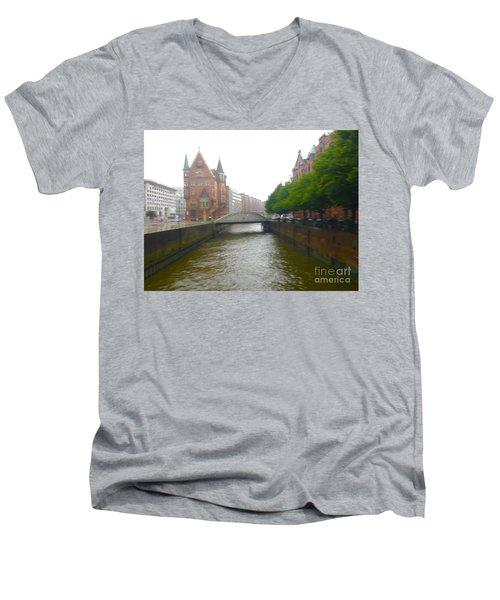 Hamburg Germany Canal Men's V-Neck T-Shirt