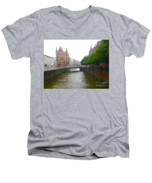 Hamburg Germany Canal Men's V-Neck T-Shirt