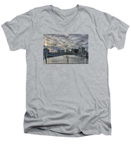 Hanging Out At The T-head Men's V-Neck T-Shirt