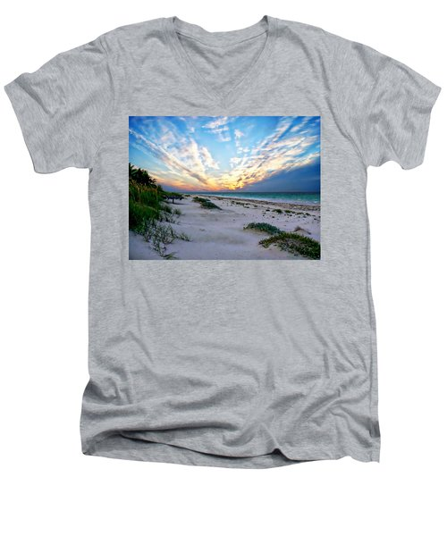 Harbor Island Sunset Men's V-Neck T-Shirt