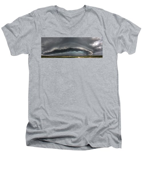 Harlowton, Montana, Supercell Men's V-Neck T-Shirt