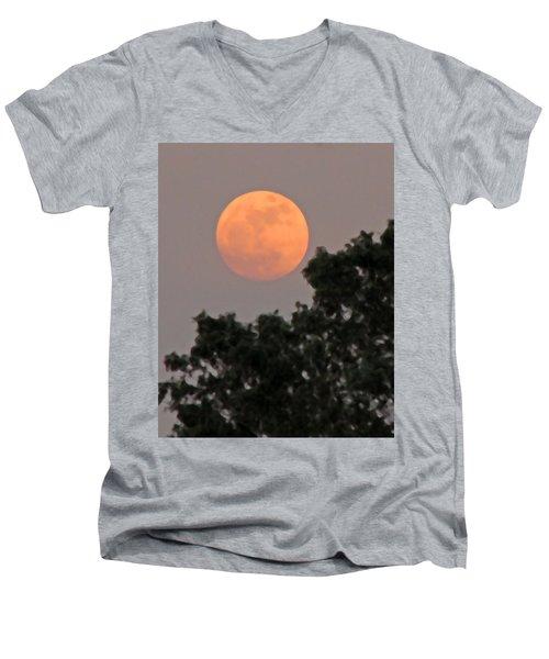 Harvest Moonrise Men's V-Neck T-Shirt