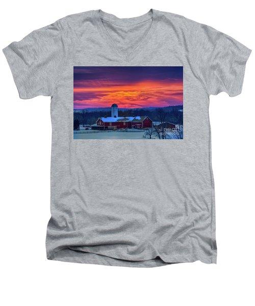 Havendale Farm Men's V-Neck T-Shirt