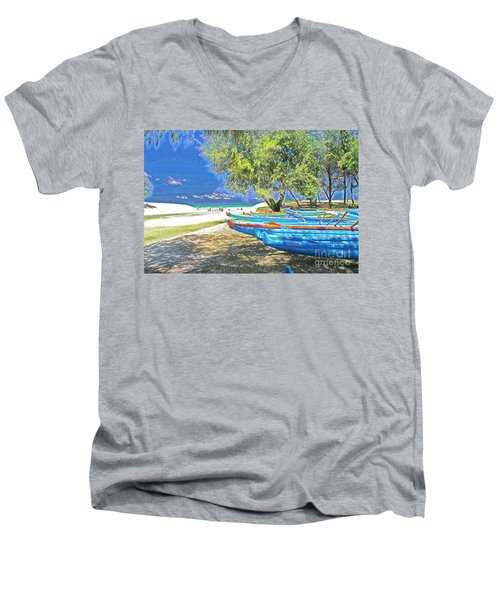 Hawaii Boats Men's V-Neck T-Shirt