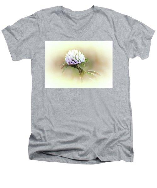 He Loves Me... Men's V-Neck T-Shirt