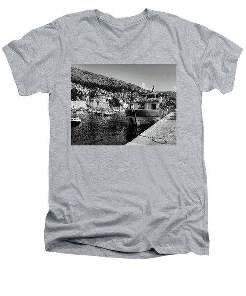 Heart Of The Harbour Men's V-Neck T-Shirt